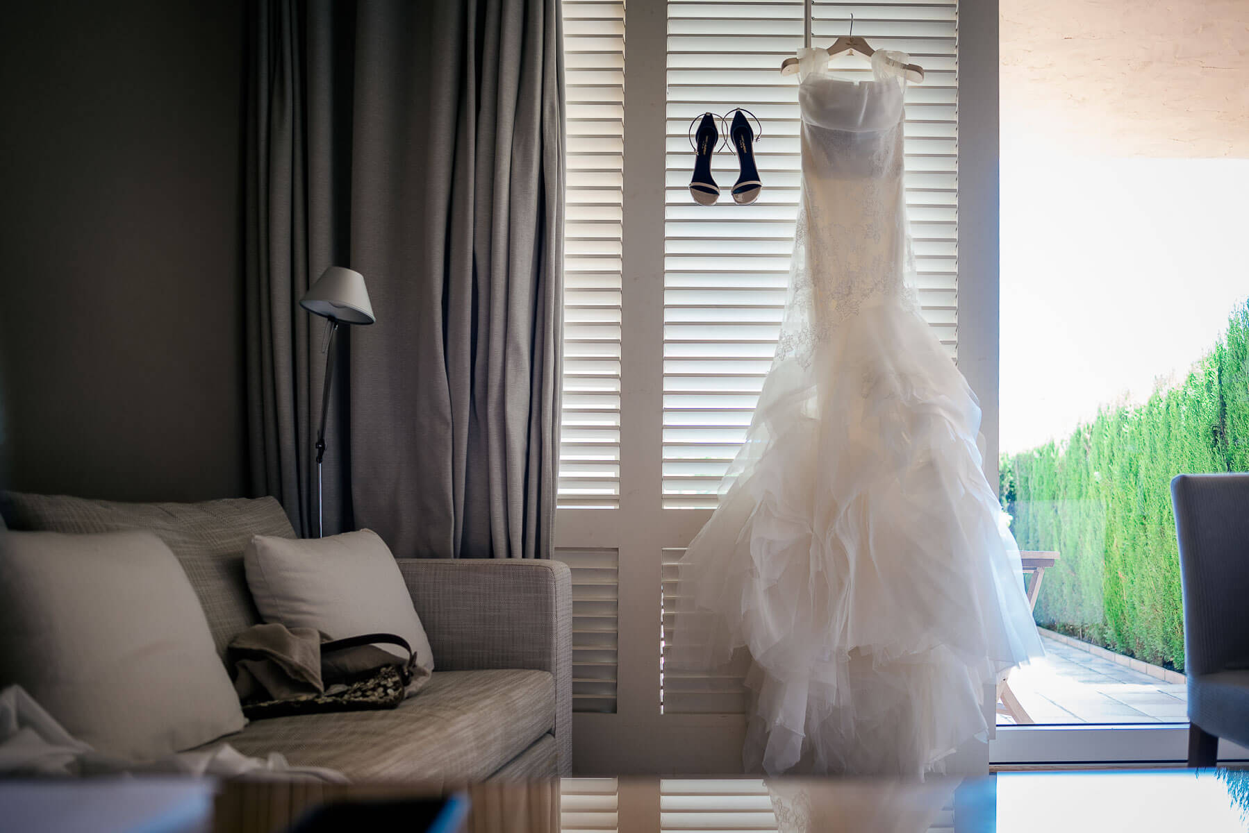 Boda Nuria & David vestido novia foto | Manel Tamayo wedding photographer