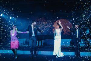Boda Cris & Juanca foto novios baile | Manel Tamayo, Wedding photographer