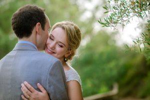 Boda Rebecca & Alastair novios besos | Manel Tamayo Wedding Photographer